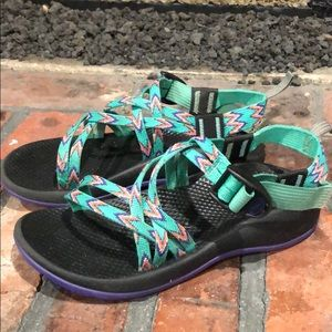 Chaco Girls Strappy Sandals size 3